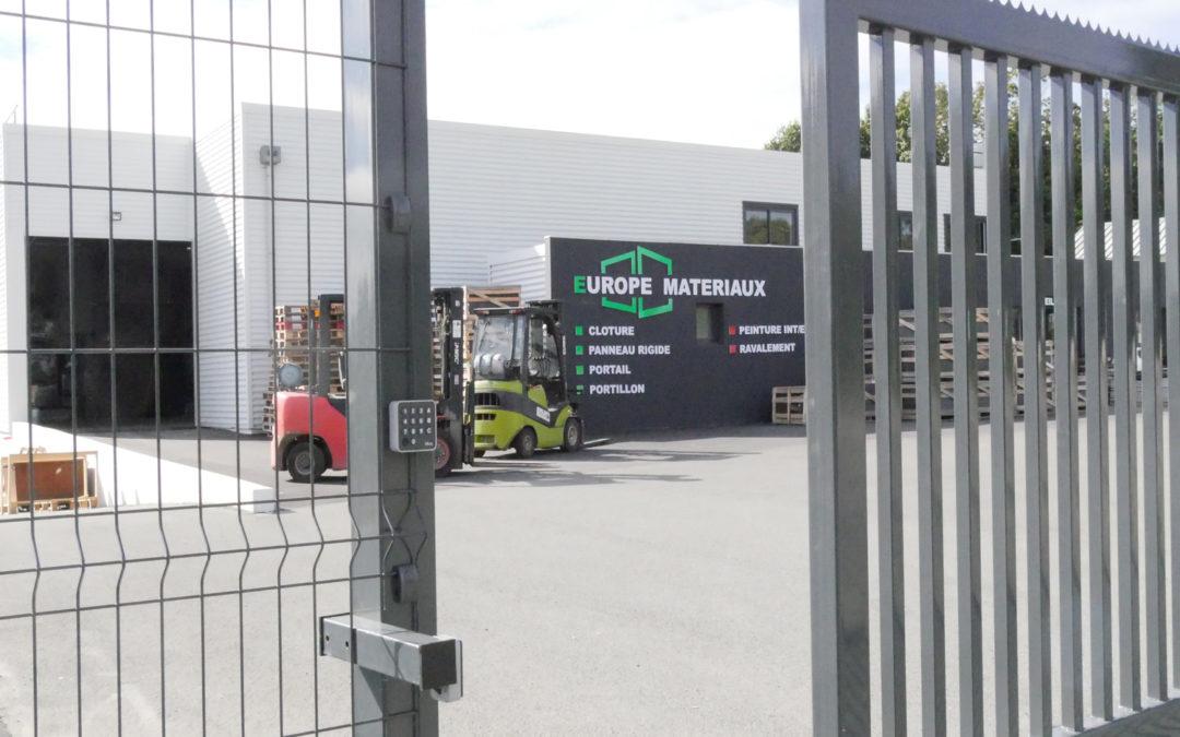 Comment choisir une clôture industrielle?