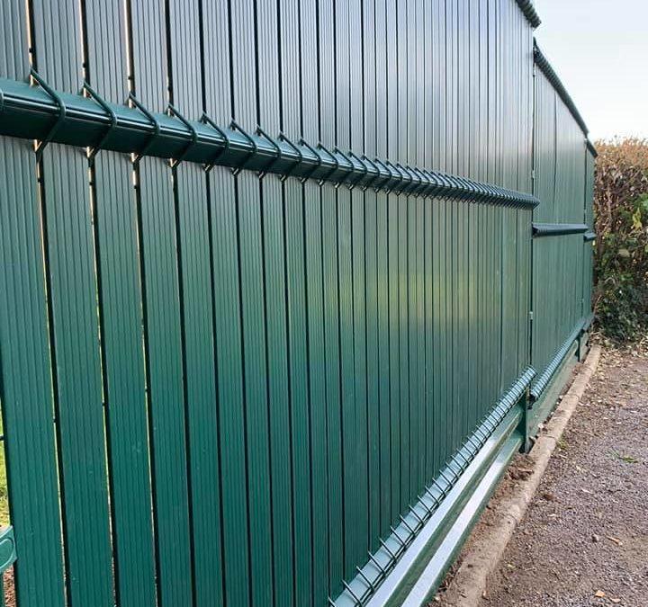www.europe-cloture.fr  Vente et pose panneaux rigi…