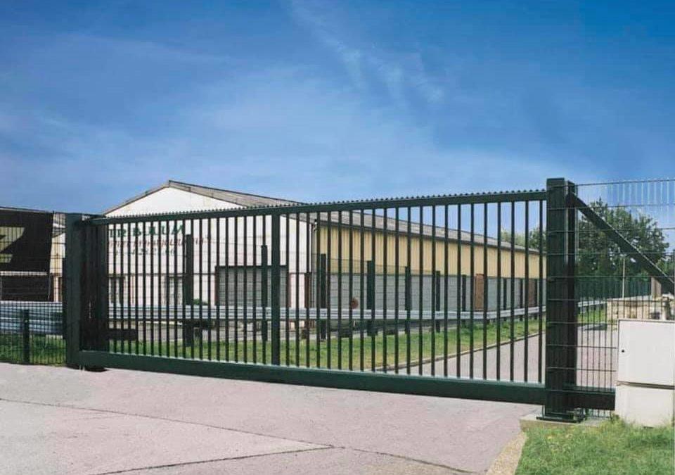 www.europe-cloture.fr   Vente portail industriel c…